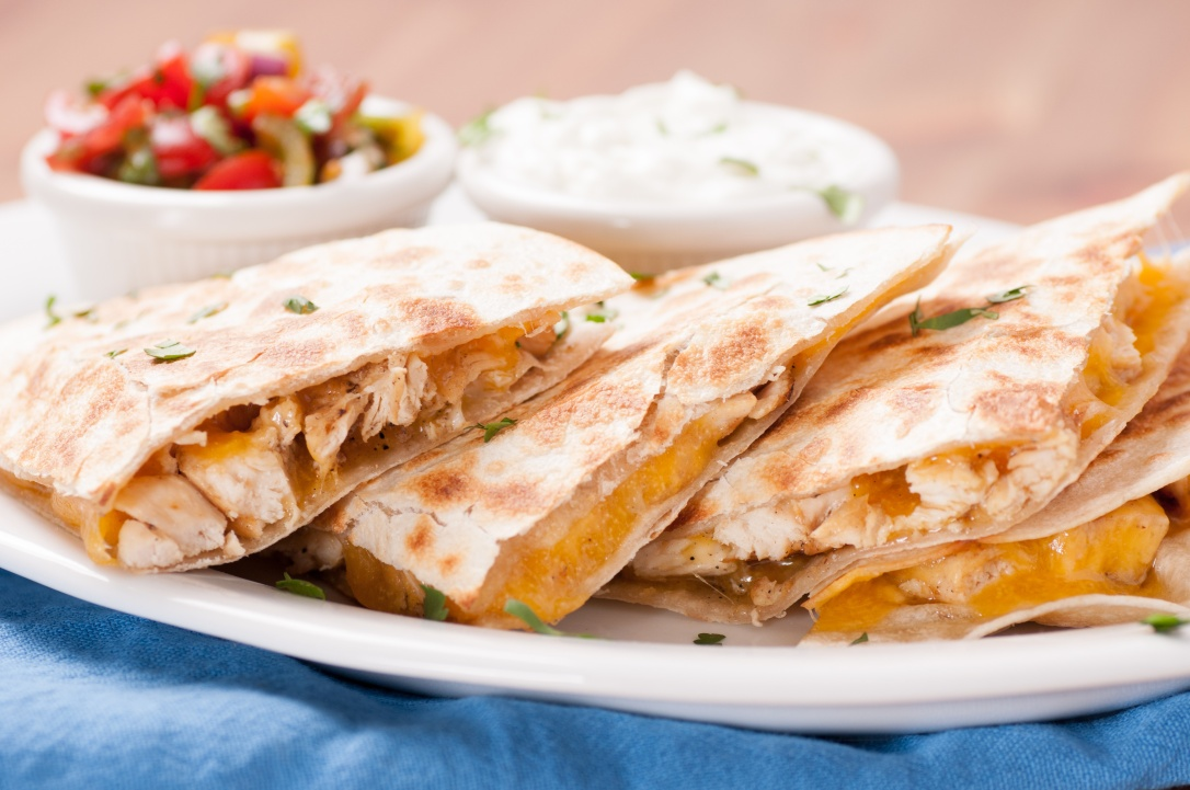 chicken quesadilla with salsa